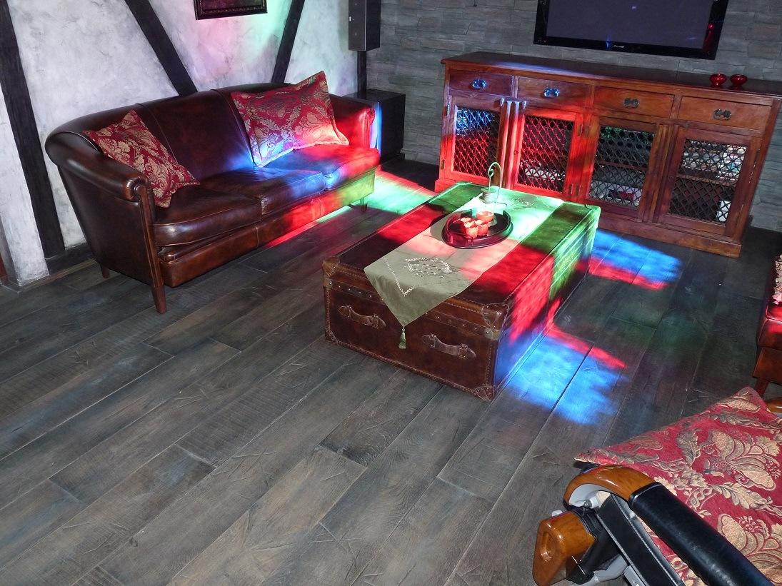 Dřevěné podlahy ESCO slide 1